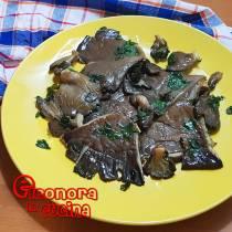 FUNGHI GRIGLIATI AL FORNO la ricetta salentina di Eleonora in Cucina - Eventi Salento
