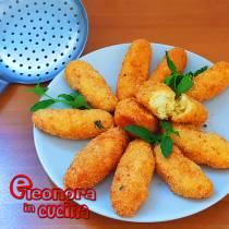 PANZEROTTI DI PATATE CON MENTA crocchette la ricetta SALENTINA - Eleonora in Cucina - Eventi Salento