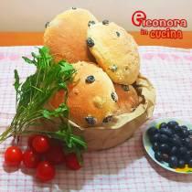 PUCCIA SALENTINE CON OLIVE antica ricetta originale di Eleonora in Cucina - Eventi Salento